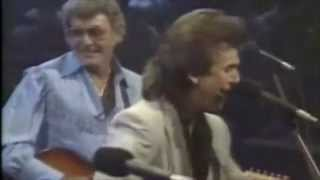 Carl Perkins and George Harrison - Everybody