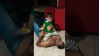 Gambar cover Papai brincando com Pedro Lucas 😍