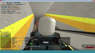Jugando Roblox - Phantom Forces vs Penguin Simulator