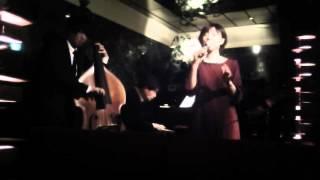 ピアノラウンジJJ 歌舞伎町のオアシス・シックな大人空間でお酒とジャ...