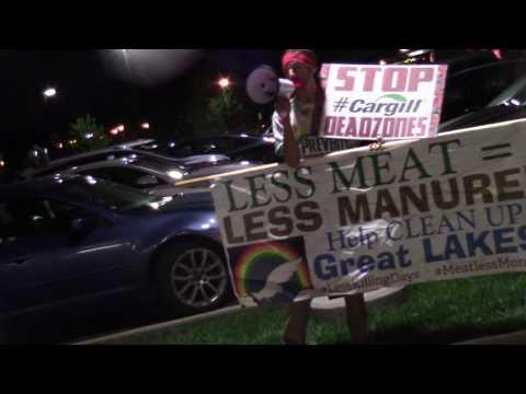 Cleveland hospital sponsors RibFests, cops make us leave as we plea Save Antibiotics! Fight deadzone