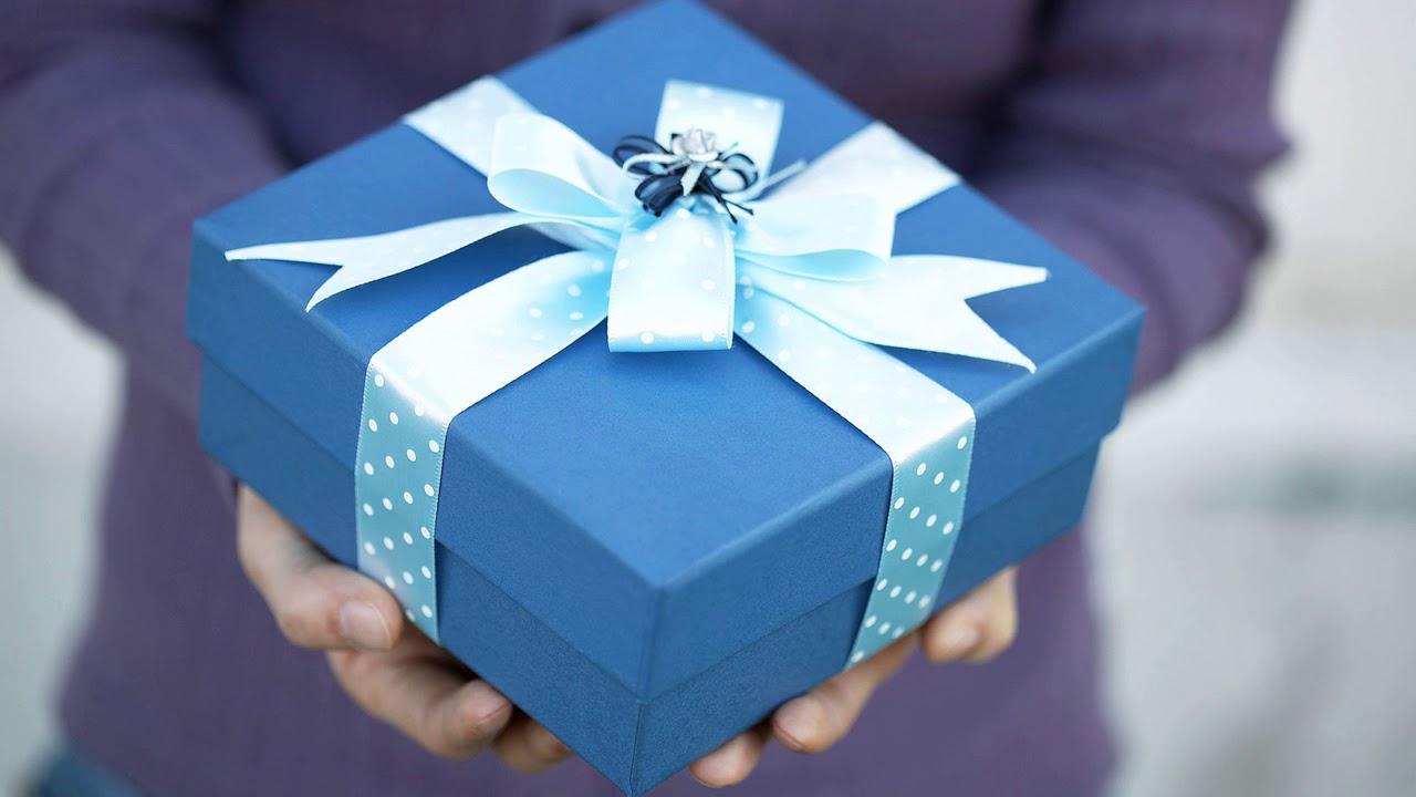 Что подарить семейной паре на новый год, на день рождения, на юбилей?