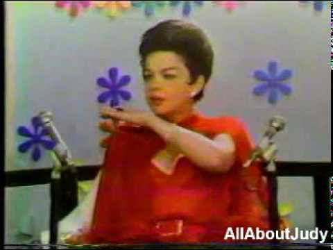 Judy Garland - Interview (The Mike Douglas Show - 1968)