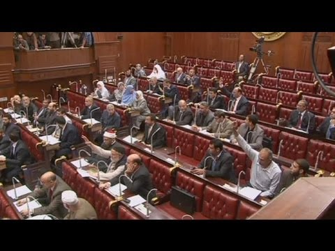 Assembly votes to keep principles of Islamic law