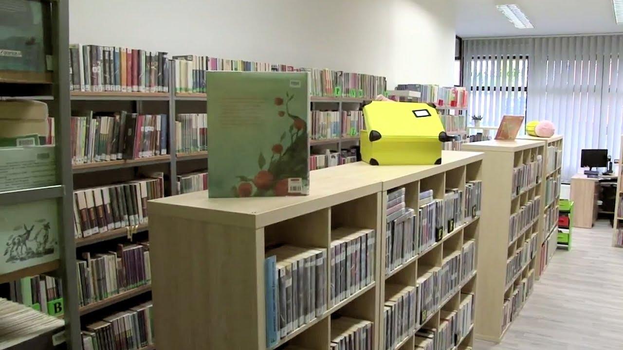 Mali czytelnicy korzystają z odmienionej  bibliotecznej siedziby
