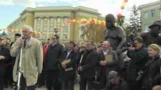 Василий Лановой - открытие памятника Л. Гайдаю