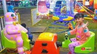 Naik odong-odong koin dan komedi putar kuda DI PASAR MALAM