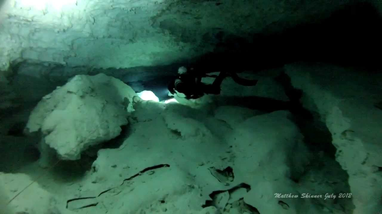 Cave Diving In Weebubbie Cave, Nullarbor Plain Australia