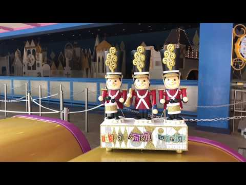 """""""it's a small world"""" Toy Soldier Nutcracker Musical Statue"""
