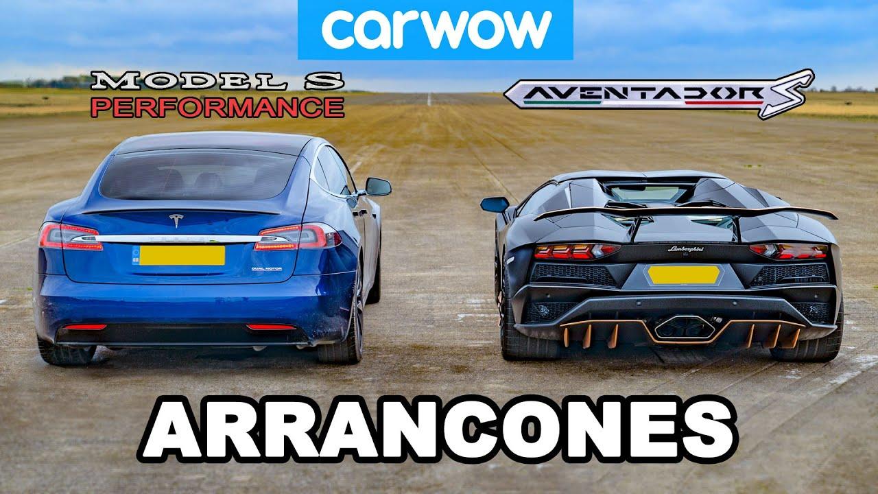 Lamborghini Aventador vs NUEVO Tesla Model S Performance: ¡ARRANCONES!