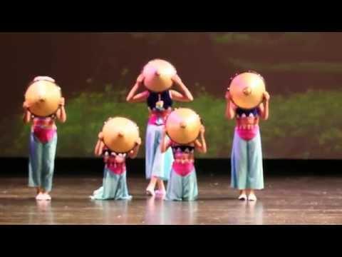 Chinese Kids Dance - Little Hui An Girls 小小惠安女