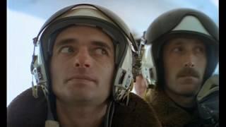 """""""Корова в бомболюке 2"""" из фильма Особенности национальной охоты"""