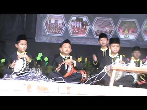 Marawis An-Nawawiyah Cilik Juara 1