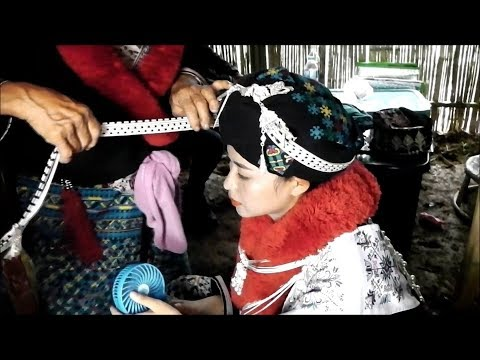 Dressing Of Iu Mien From Akha Swing Festival 2017 Youtube