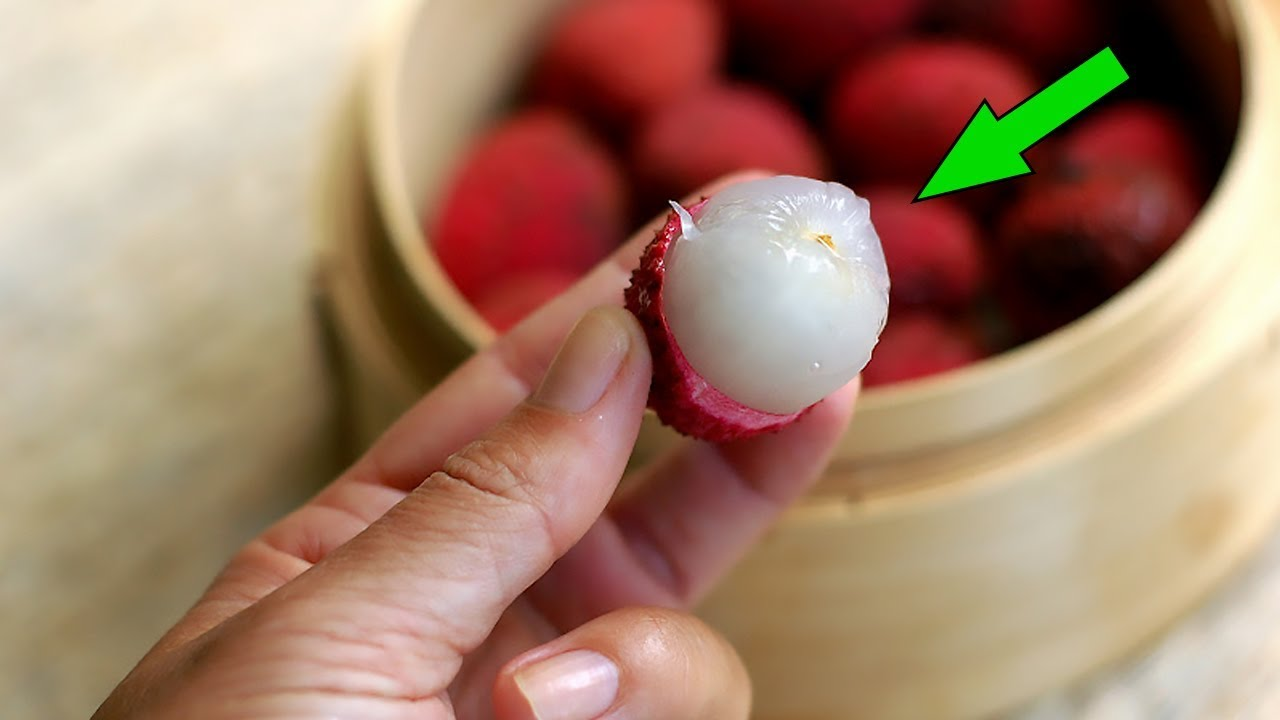 "Lychee: The ""Dangerous"" Fruit With Amazing Health Benefits"