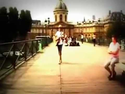 Jason Mraz - The Louvre is in Lisa's hands