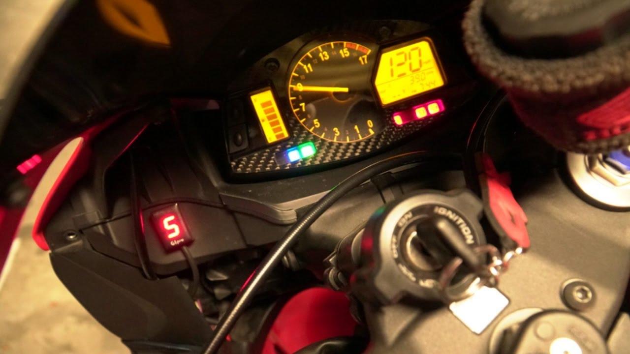 Studds Shifter Helmet Review Youtube: CBR600RR Healtech Gear Indicator Review