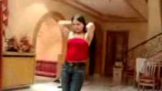 Afgani girl dance.3gp