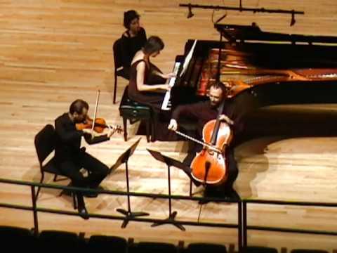 Beethoven: Piano Trio in C minor, Op. 1, No. 3 - III. Menuetto: quasi allegro
