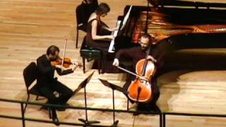 Beethoven: Piano Trio in C minor, Op. 1, No. 3 - III. Menuetto: quasi allegro