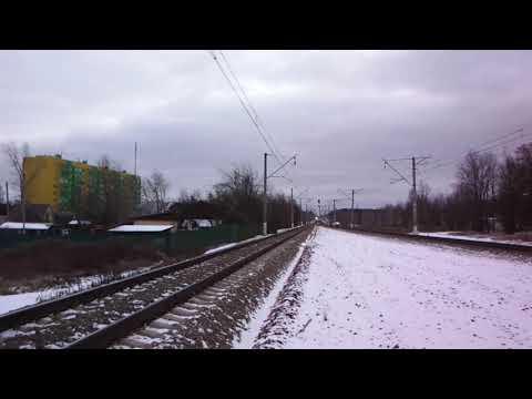 Электропоезд ЭП2Д мчит из Чехова в Подольск