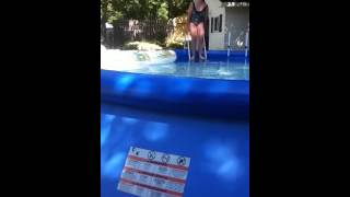 Repeat youtube video In The Pool