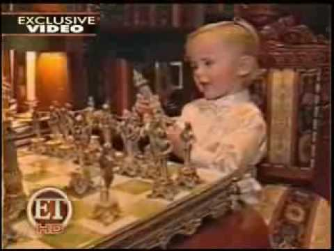 YouTube Michael Jackson amp a 3 year old Prince Michael play chess so cute