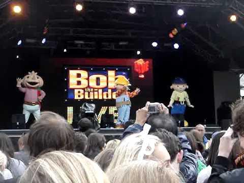 big-fish-little-fish---bob-the-builder---west-end-live-2011