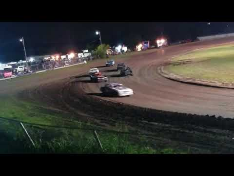 8-19-17 Factory Stock Heat #4 @ Superbowl Speedway