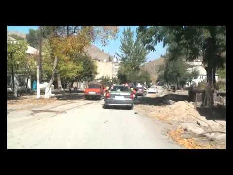 видео: Свадебный кортеж  Проезд по Алтын Топкану  1 13 10 10г