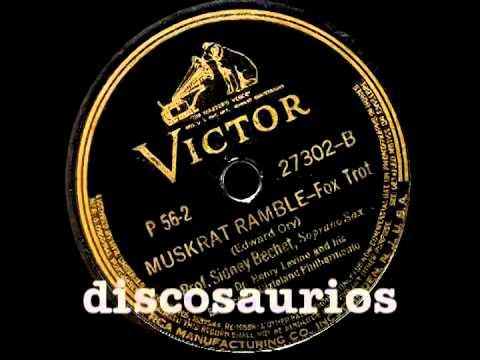 Sidney Bechet & Barefooted Dixieland Philarmonic dir.H.Levine - Muskrat Ramble (fox trot) E.Ory