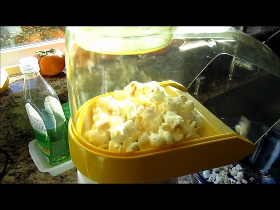 Presto Poplite Hot Air Popcorn Popper Demo Youtube