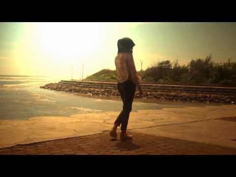 Lippsing-Cinta Terlarang by Yuniarti