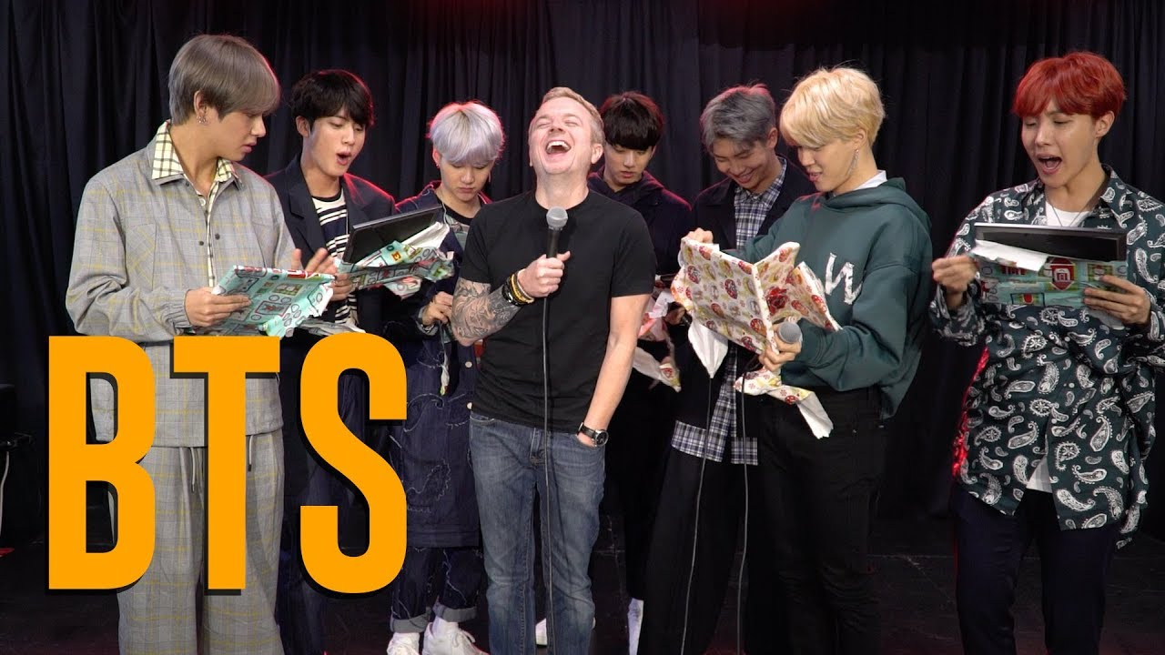 BTS Open Christmas Gifts From Jojo - YouTube