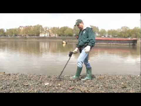 Thames River Hunting in London