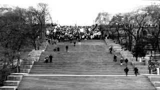 Odessa sings Ukrainian National Anthem on Potemkin Stairs, March 9th, 2014