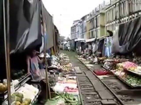 Bombay poor life