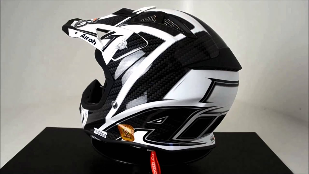Airoh Aviator Helmet Viper Black 360 176 Video Youtube