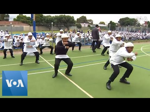 Muslim Students Perform Emotionally-Charged Haka in New Zealand to Commemorate Christchurch Victims