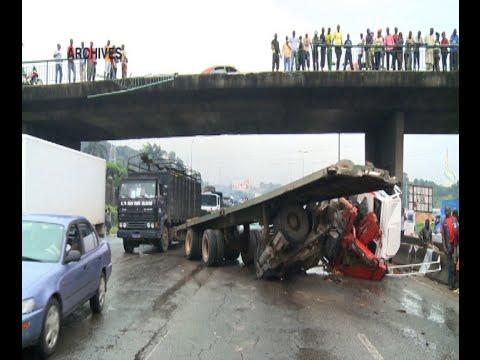 Yopougon: Le pont du Banco et le pont piéton sur l'autoroute du nord en ruine
