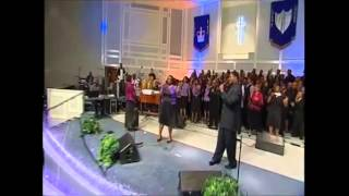 Full Gospel Baptist Fellowship Mass Choir feat. Tasha Cobbs - Chasing After You