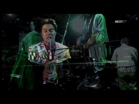 rufus-wainwright-going-to-a-town-live-in-london-pro-shot-nick-cave-related-videos