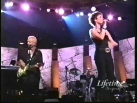 PAT BENATAR - WE BELONG (live 2001)