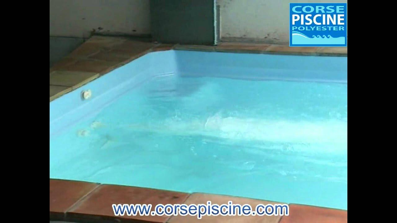 Piscine micro pool coque polyester youtube for Micro piscine coque