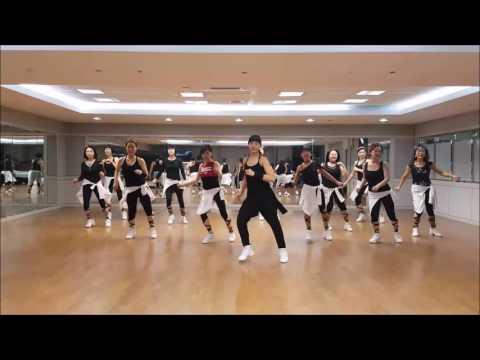 Hey... Pretty Woman Line Dance (Intermediate Level)