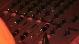 DMZ - 4th November 2006 (Heny G & Cyrus) - Part 1