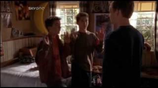 Malcolm In The Middle Season 2 Episode 21 - Malcolm vs Reese (HAPPY DANCE SCENE)
