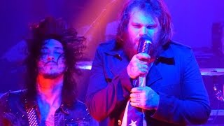 Скачать ASKING ALEXANDRIA Break Down The Walls Live At Ziggys By The Sea 12 20 14