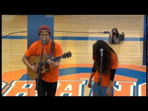 Alex and Sierra perform Scarecrow