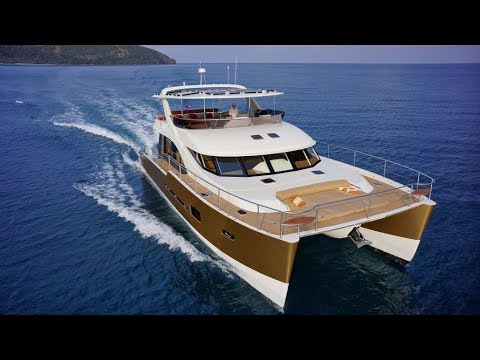 Luxury Solar Yachting: Heliotrope 65 Power House.